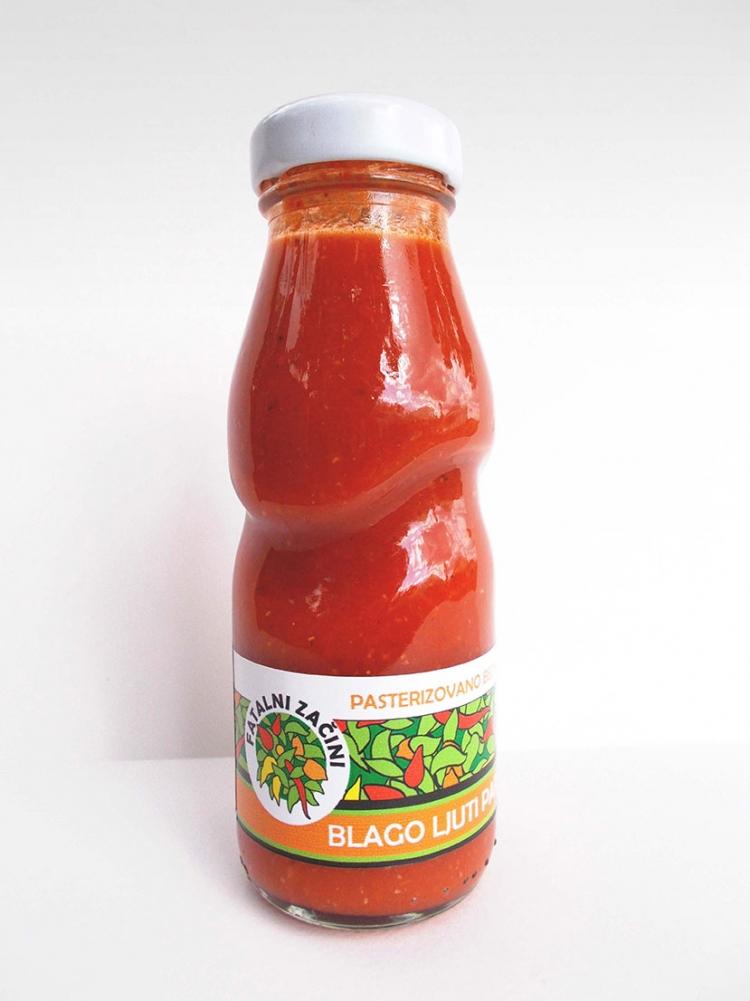 Blago ljuti paradajz sos